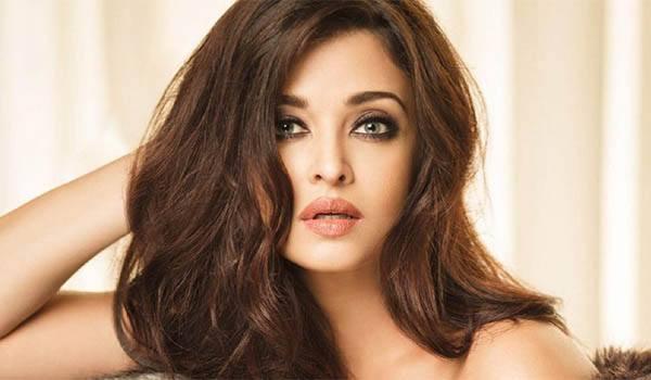 Aishwarya Rai Bachchan - Future Predictions 2019 | Starzspeak