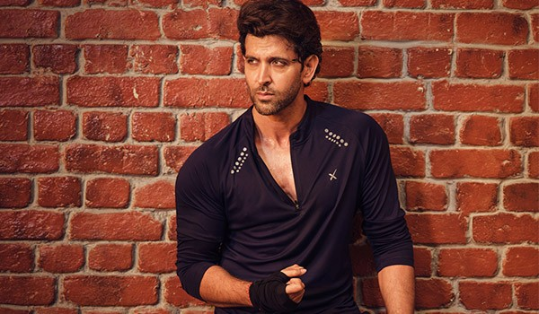 Let Us Stare at Life & Career of Hrithik Roshan in Coming Year Through Astrology High Glass