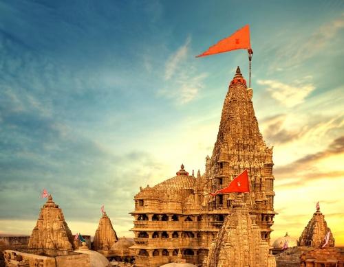 2,200 साल पुराना है भगवान श्रीकृष्ण का यह मंदिर,यहां कि मान्या बनाती है इसे सबसे खास