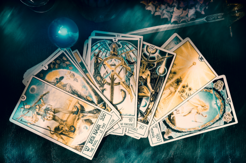 How many types of Tarot Cards?